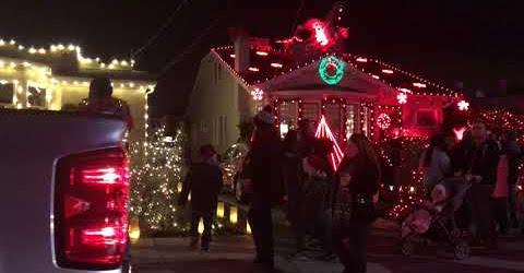 Cuộc Sống Mỹ - ĐI XEM ĐÈN NOEL MERRY CHRISTMAS ALAMEDA - CALI 2018