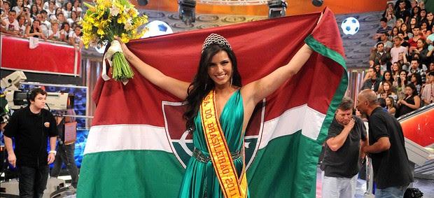 Bianca Leão, do Fluminense, é coroada Musa do Brasileirão 2011 (André Durão / Globoesporte.com)