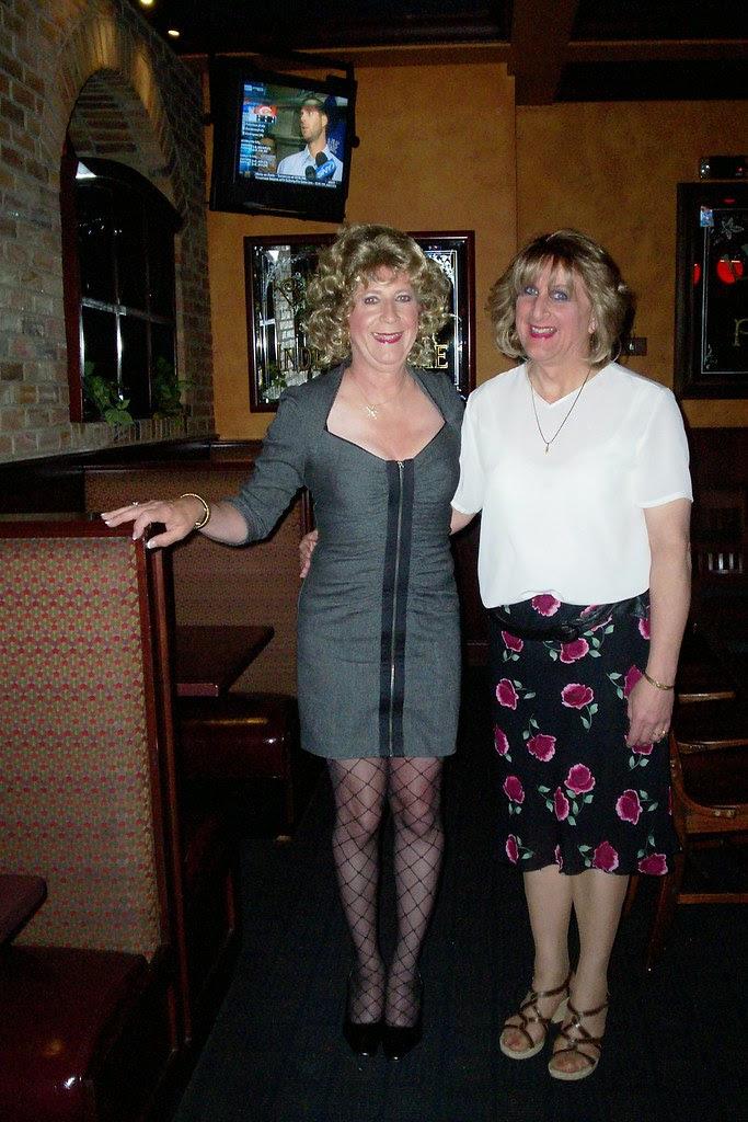 sisters at Houlihan's resterant