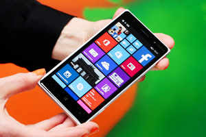 Microsoft Lumia 830 — Rs 22,000 (approximately)