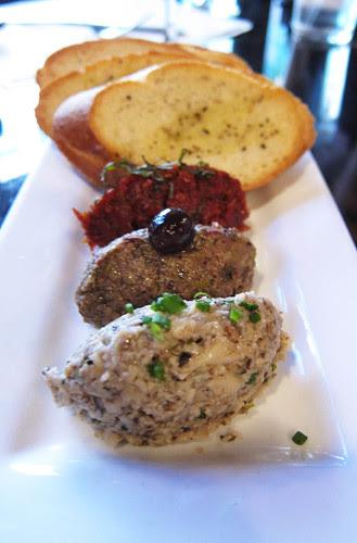 Old Town Pasadena Restaurant Week:  Dinner at Pop Champagne
