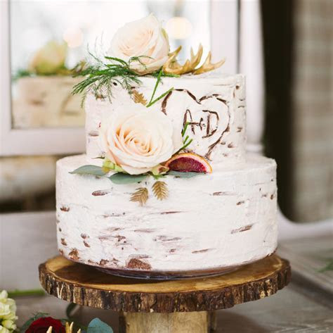Birch Tree Wedding Cakes Are the Latest Fall Trend