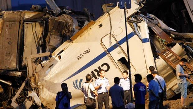 li-china-train-crash2-620-reutersrtr2p7lz.jpg