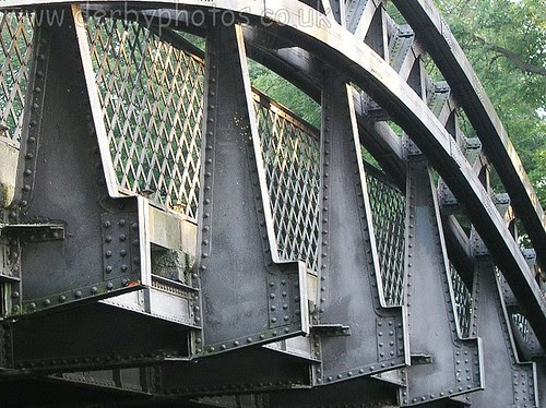 Handyside Bridge closeup of construction