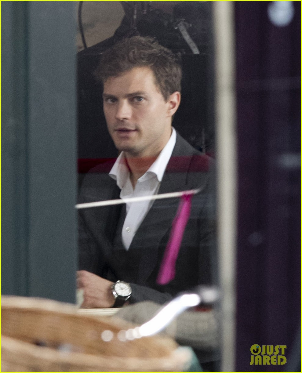jamie dornan filming fifty shades of grey first photos on set 10