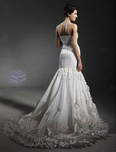 Most Expensive Wedding Dresses   Alux.com