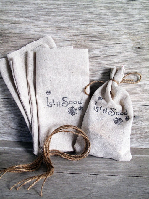 Let it Snow Christmas Gift/Party Favor Bags . Set of 6