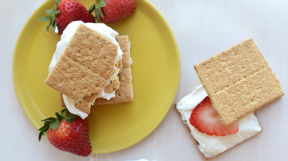 cheesecake-strawberry-sandwiches #oneserving