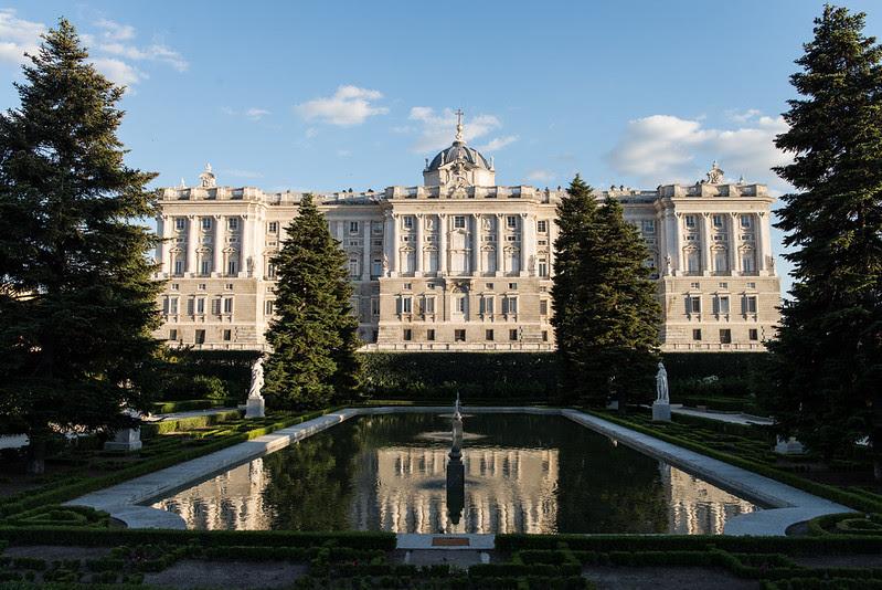 Jardines de Sabatini, Palacio Real
