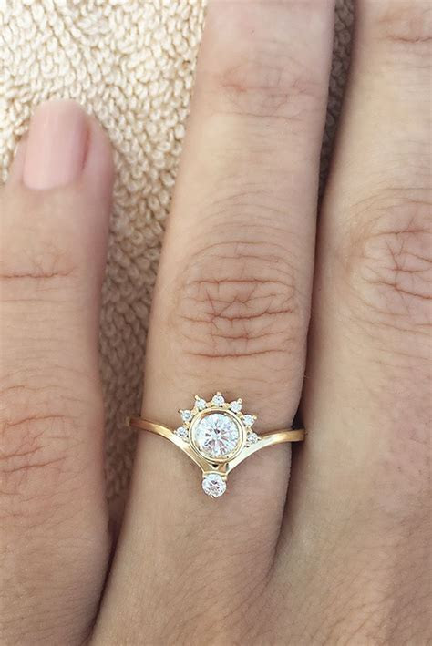 Crown Unique Simple Dainty Engagement Ring   Jewellery