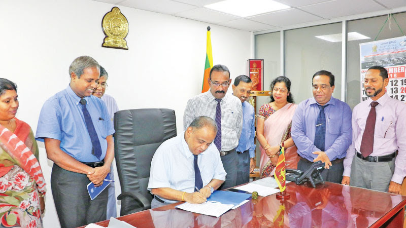 Resettlement Ministry Secretary V. Sivagnanasothy assumes the duties.
