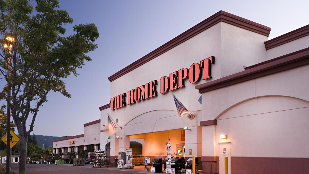 New Studies Show Women Dominating The Aisles At Lowe S And Home Depot Thanks To Diy Bizwomen