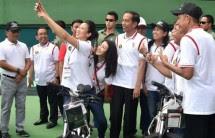 Presiden Jokowi bersama Atlet tenis (Foto : Biro Pers Setpres)