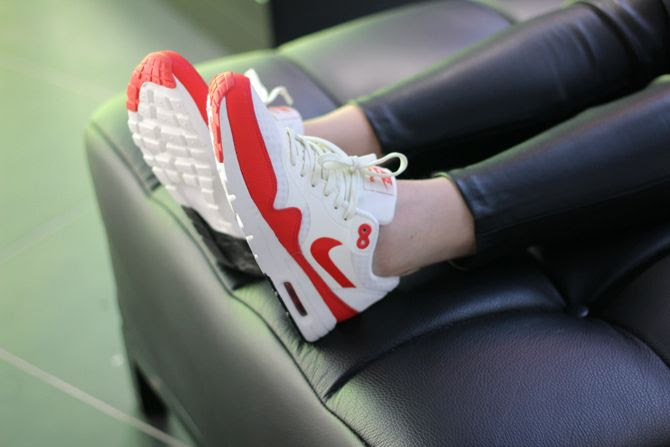 photo 2-airmaxday-blanche-rouge-look_zpsua6o31fw.jpg