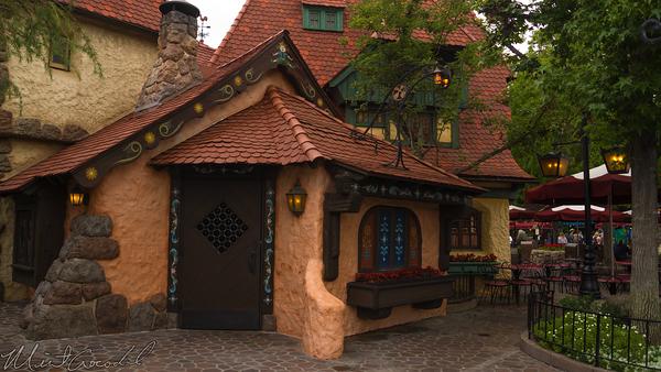 Disneyland Resort, Disneyland60, 60, Anniversary, 24, Hour, Party, Celebration, Kick, Off, Disneyland, Pinocchio, Facade, Gepetto