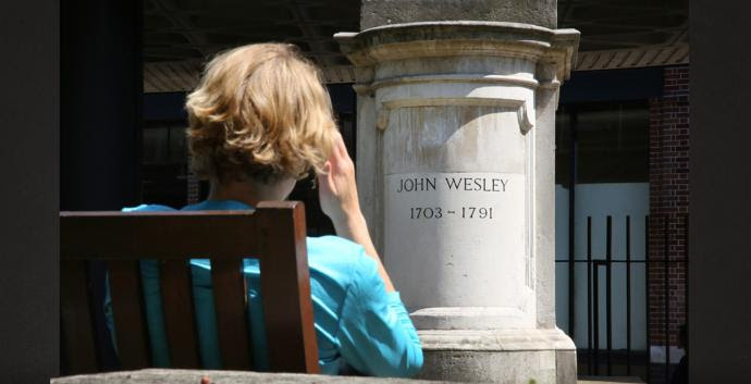 Pilgrims visit the tomb of John Wesley and learn a valuable lesson for ministry from his epitaph. Photo by Kathleen Barry, United Methodist Communications.