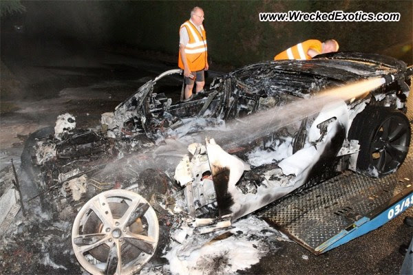 Jaguar F-Type burns to ground