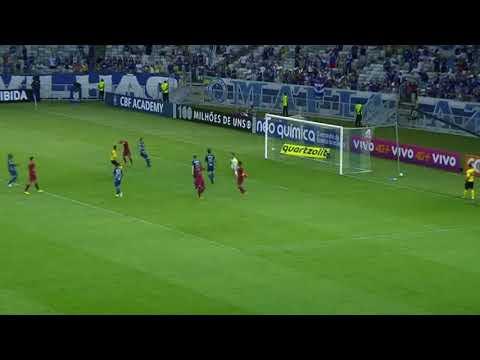 Cruzeiro ganha de virada do Fluminense