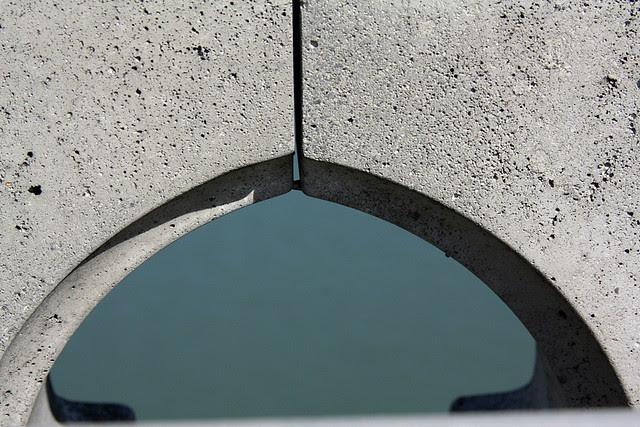 detail, ross island bridge