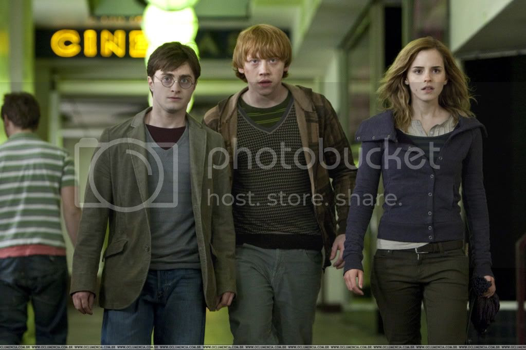 HarryPotterTheDeathlyHallows.jpg Harry Potter And The Deathly Hallows image by IHeartJonascest