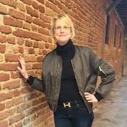 Lynn Byrne designhounds NYC