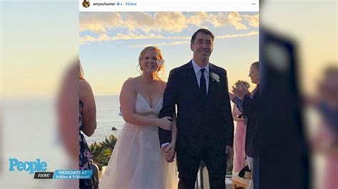 Jennifer Lawrence Was 'Sobbing' at Amy Schumer's Wedding