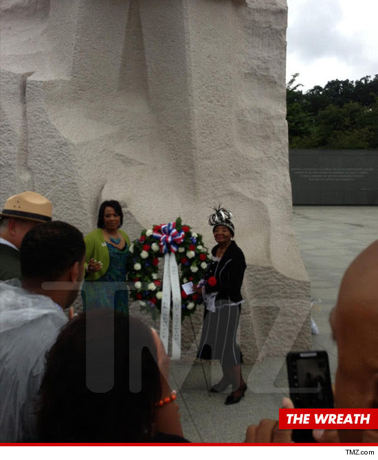 0827-tmz-mlk-jr-wreath-tmz