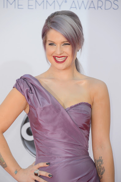 Television personality Kelly Osbourne arrives at the 64th Annual Primetime Emmy Awards at Nokia Theatre L.A. Live on September 23, 2012 in Los Angeles, California.