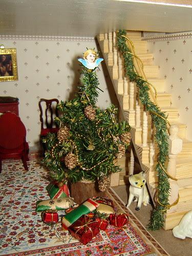 Joulu nukketalossa