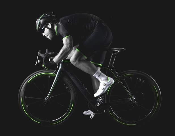 2014-Mark-Cavendish-roupa-nova-colecao-CVNDSH