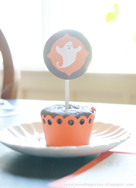 ghost cupcake topper