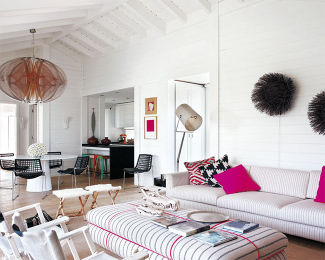 Inside an Airy Beach House in Portugal • @SavvyHome