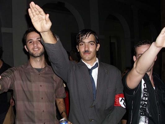 Jóvenes en fiesta en Cuba (foto del autor)