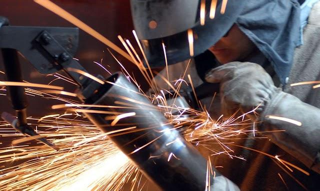 IBGE: indústria cresce em dez dos 15 locais pesquisados em novembro