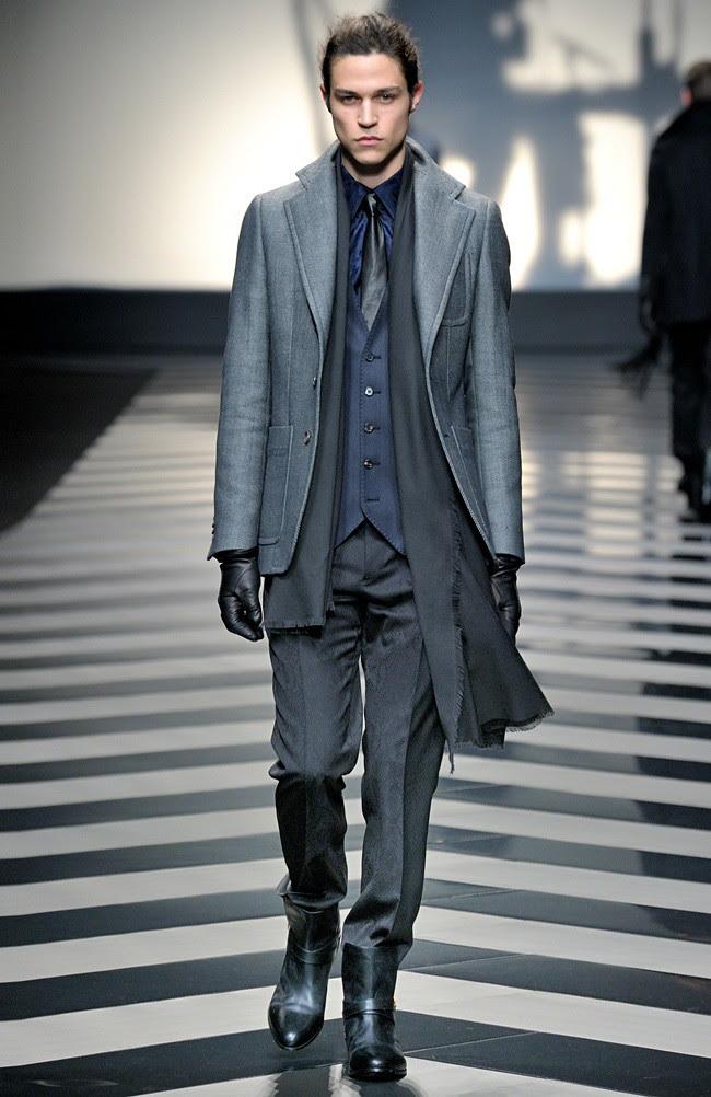 99 Roberto Cavalli Menswear AW1213_33