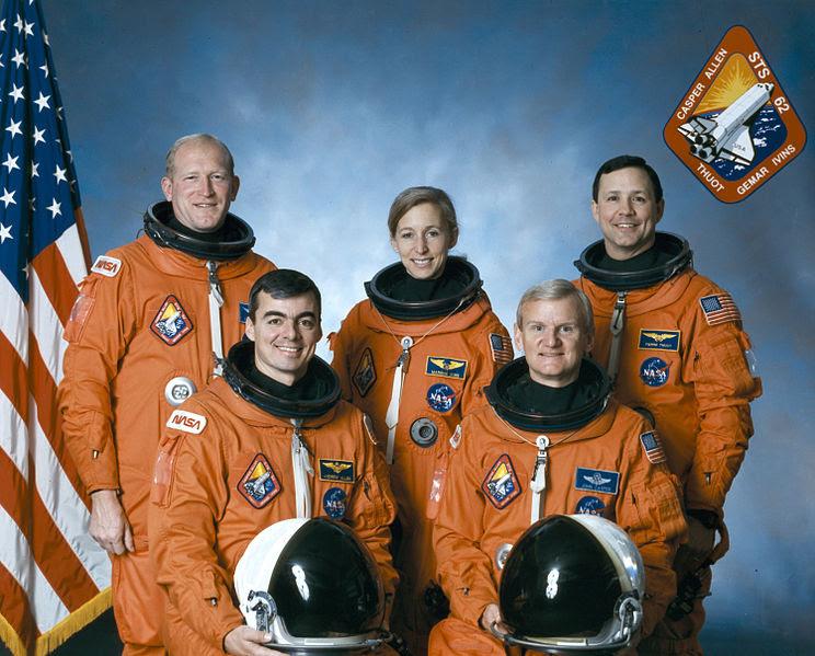 Ficheiro:Sts-62 crew.jpg