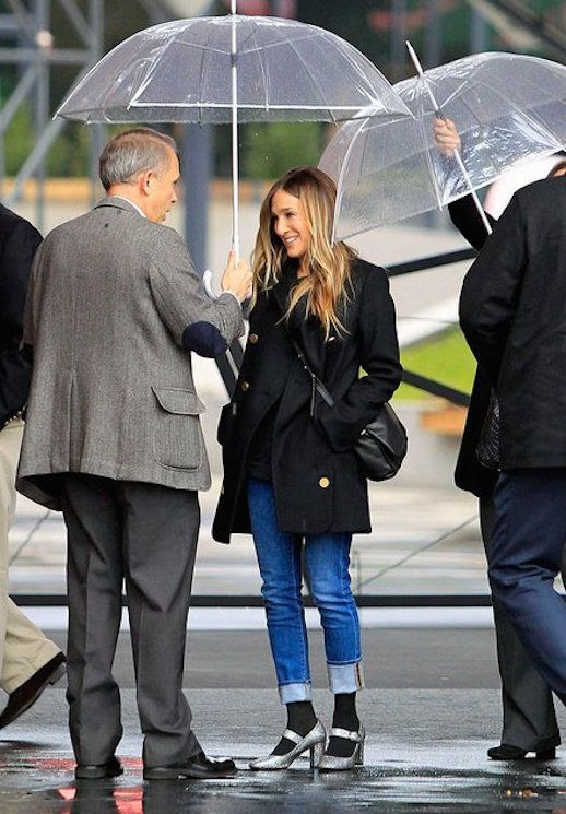 Le Fashion Blog Sarah Jessica Parker Black Peacoat Cuffed Jeans Glitter Mary Jane Shoes Via Vogue
