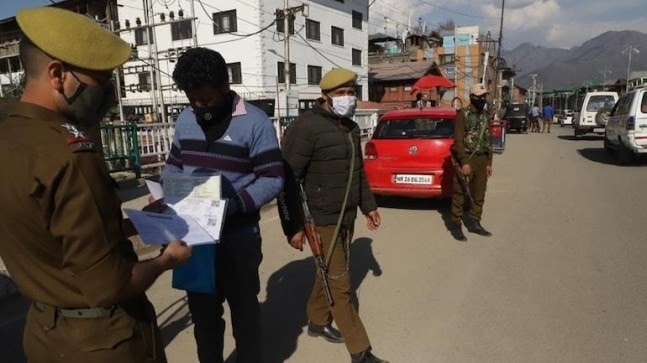 J&K: 919 people fined, 19 arrested for flouting Covid-19 rules in Valley https://ift.tt/3p2A202