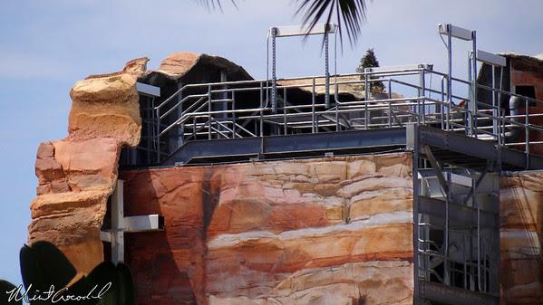 Disneyland Resort, Camouflage, Tarps, Cars Land, Cadillac Range, Limited, Time, Magic