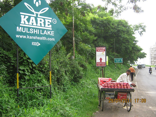 Fruits for Investors! - Visit to Paranjape Schemes' Gloria Grace, 2 BHK & 3 BHK Flats, at Bavdhan, on Paud Road, Kothrud Annexe, Pune