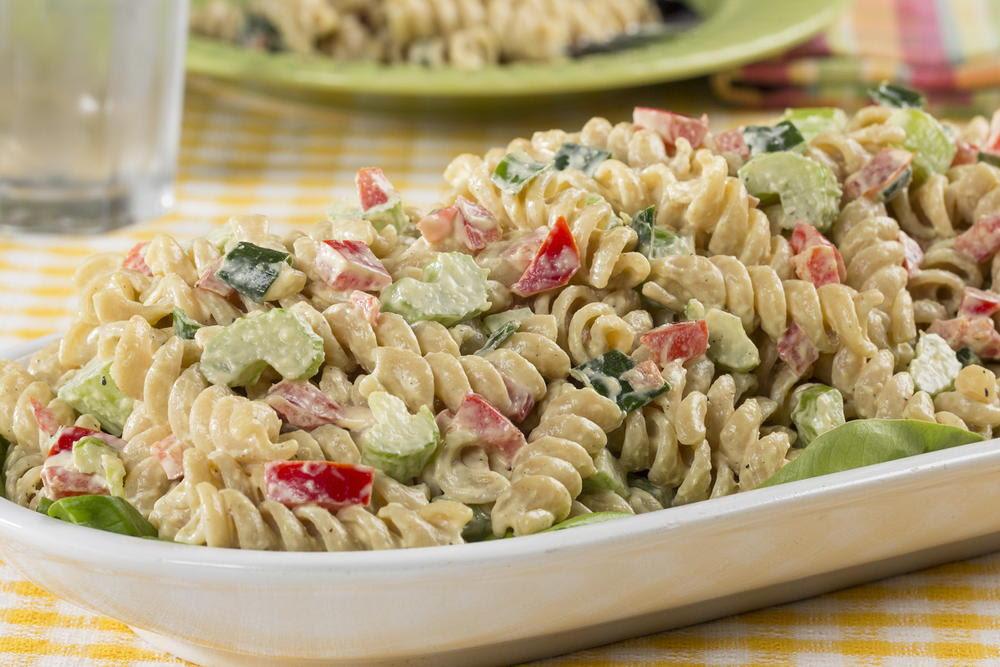 Simple Macaroni Salad | EverydayDiabeticRecipes.com