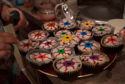 Eyeball cupcakes (with brandy cherries)