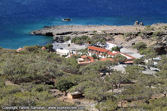 http://www.explorecrete.com/crete-east/images/Koudoumas-monastery-IMG_0256.jpg