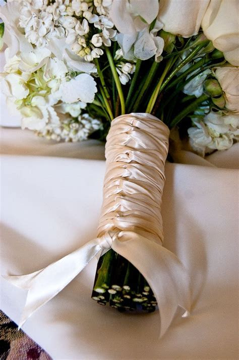 1000  images about Bouquet Ribbons & Stems on Pinterest