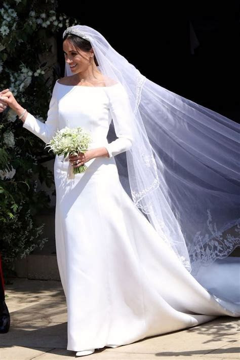 Simple Wedding Dresses Inspired by Meghan Markle ? Part 1