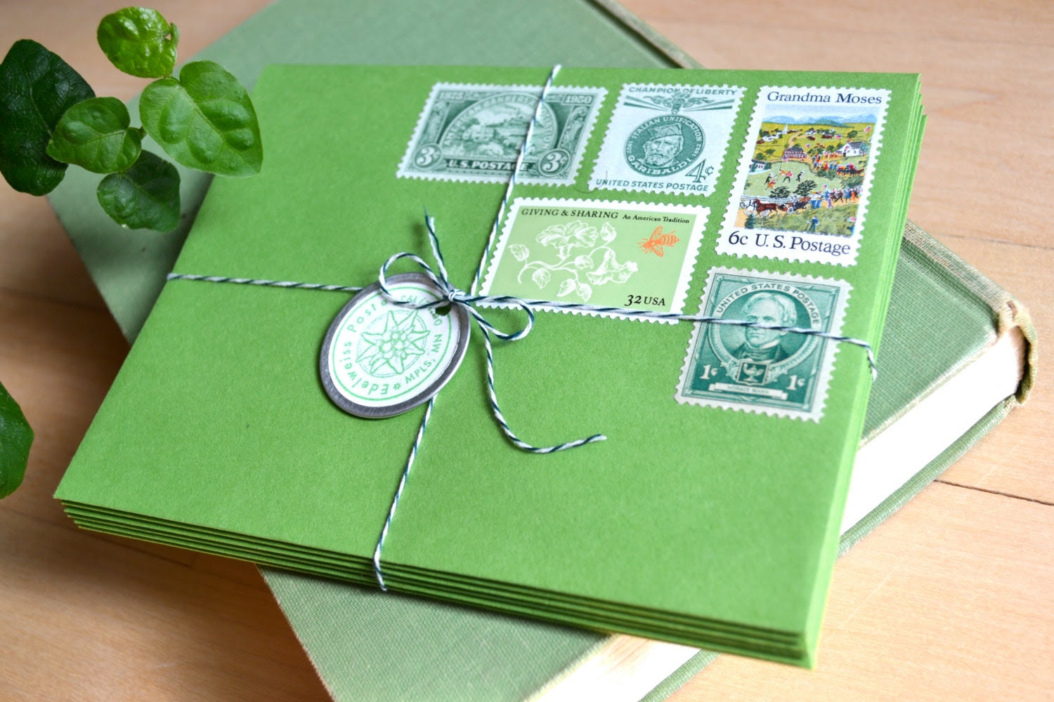 Green Greetings Postage Stationery Gift Set, Lucky Irish Leprechaun Letters, St. Patrick's Day - EdelweissPost