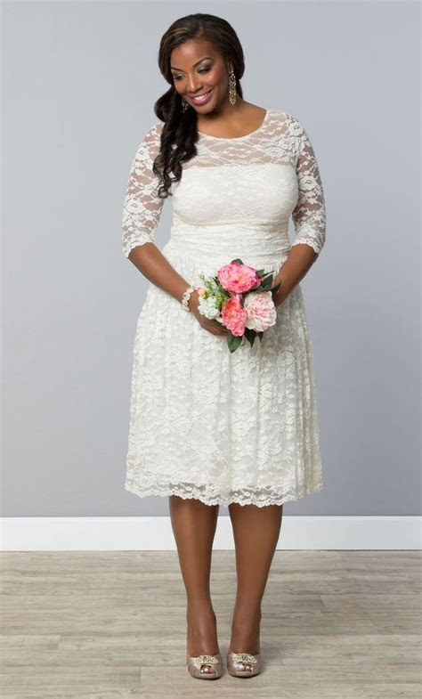 198 best Short Plus Size Wedding Dress images on Pinterest