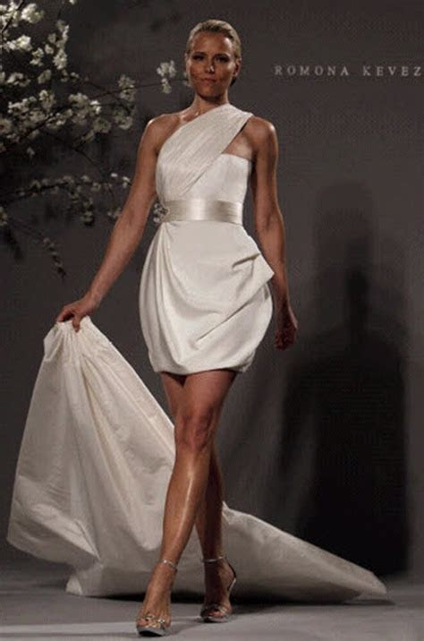 Sexy Short Wedding Dresses One Shoulder Crystal Beaded