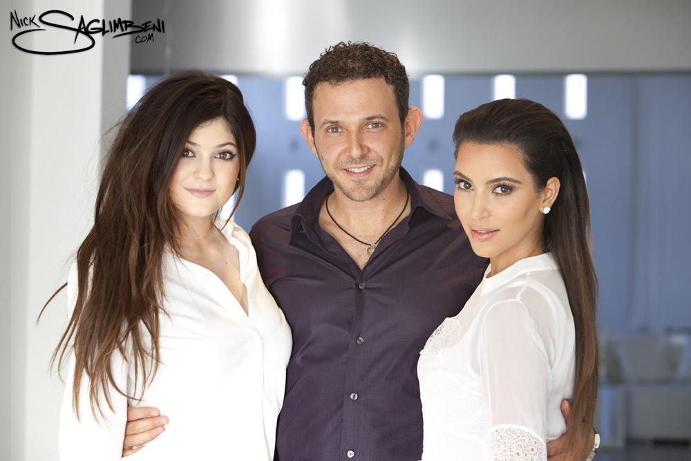 Kim Kardashian Christmas Card Makeup - Ucap Natal
