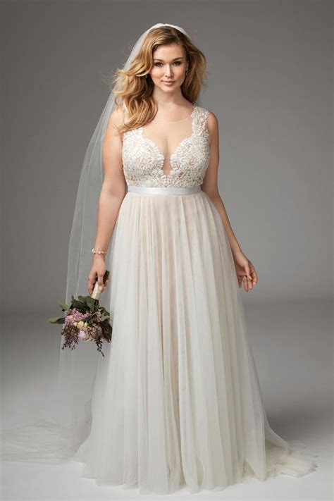 Girl With Curves featuring Plus size wedding dress from